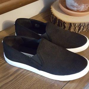 Steve Madden Zaravy 8.5 Canvas Slip On Shoe